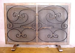 Donatella Fireplace Screen2